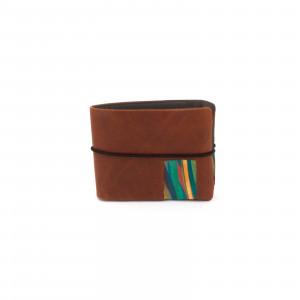 Világos barna, színes csíkos pénztárca