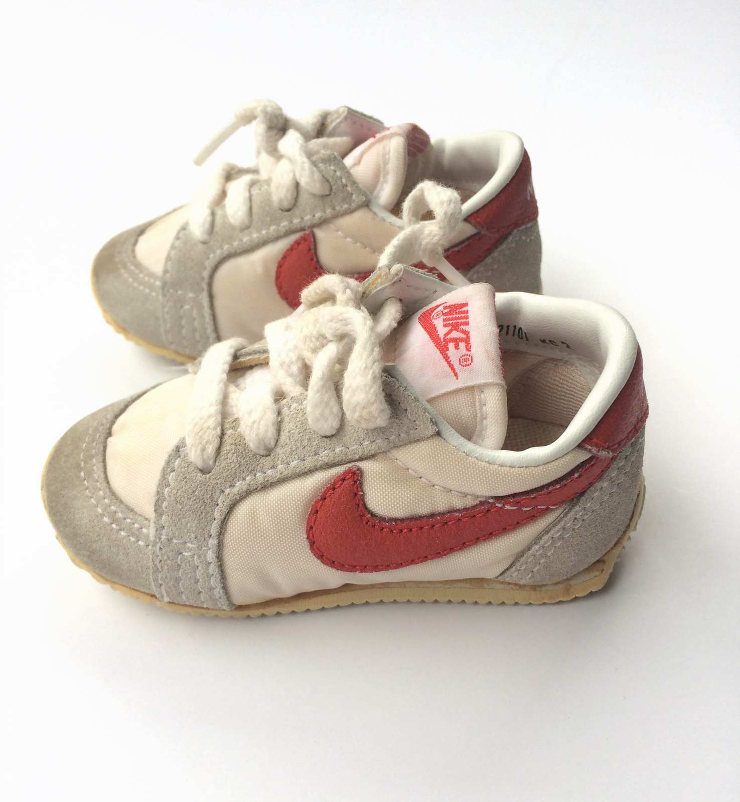 Vintage 1980 Nike baby toddler shoes size 2 PLAY kids clothes